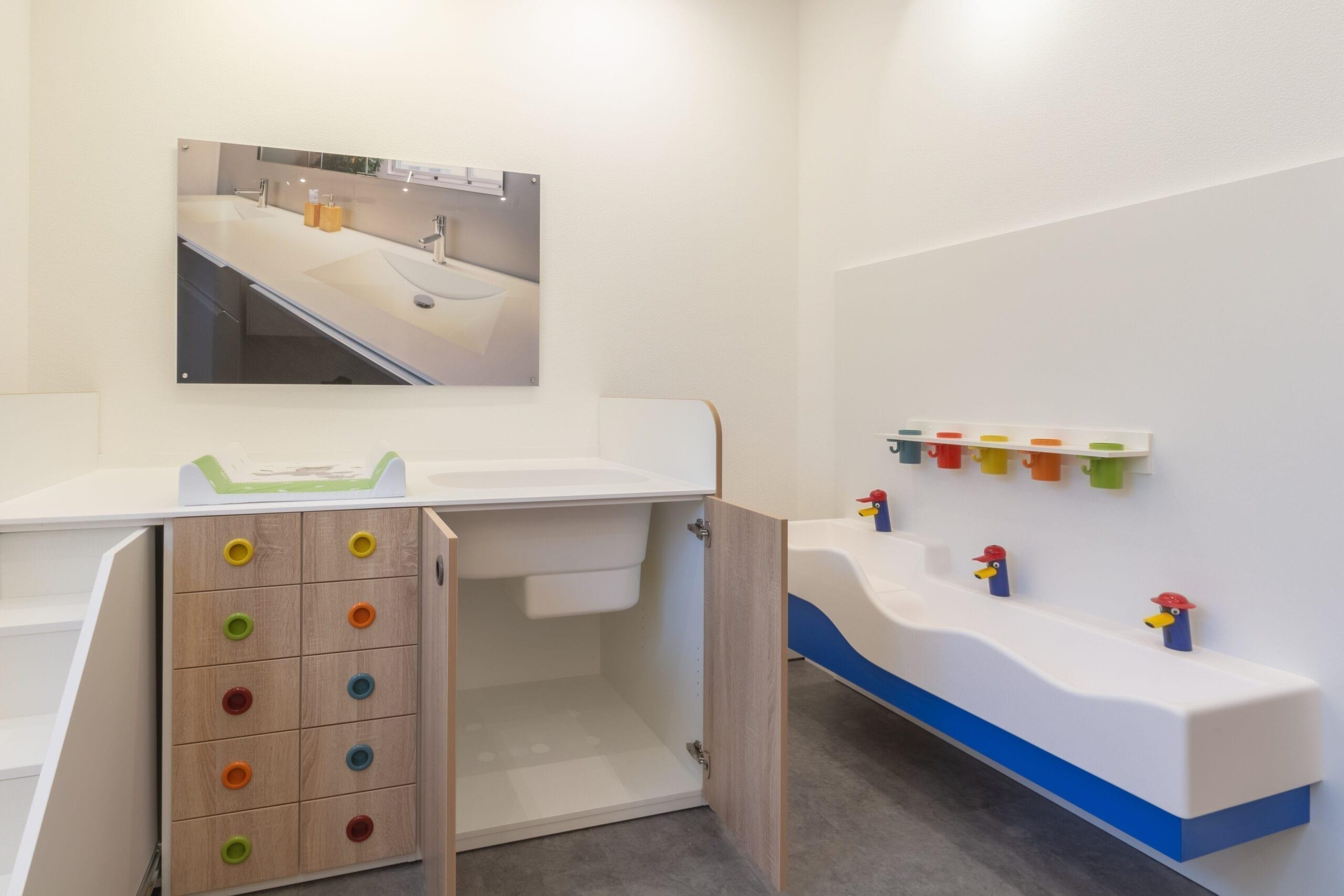 isenberg VARICOR Kindergartenmöbel Ausstellung