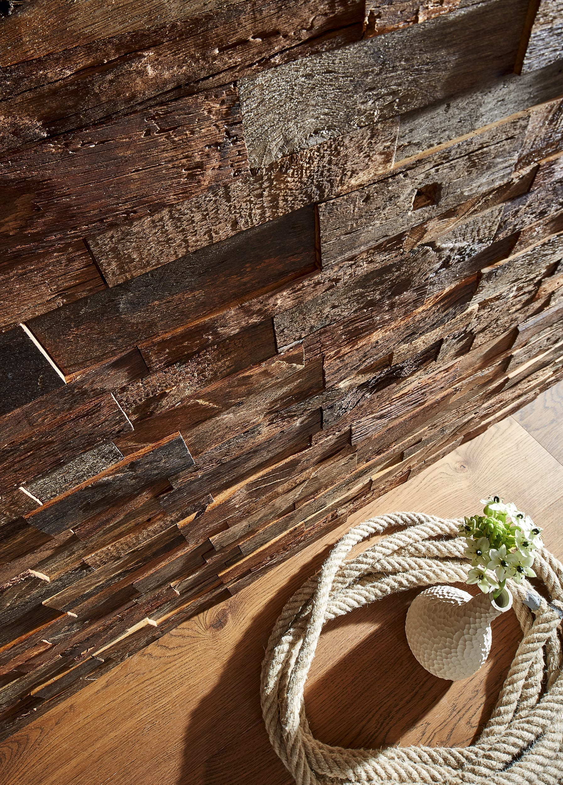 Joka Jordan Isenberg Wandverkleidung Spaltholz